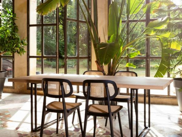 vincent-sheppard-achille-table-260-naturel-square-base-noir-chaise-label-maison-nantes