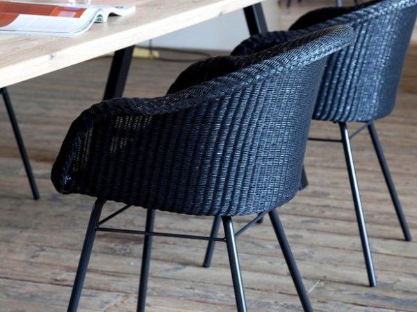 vincent-sheppard-albert-table-chene-massif-metal-noir-avril-fauteuil-chaise-accoudoirs-loom-nantes.